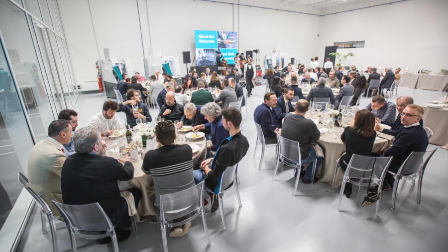 Nueva sala demostraciones apta para banquetes