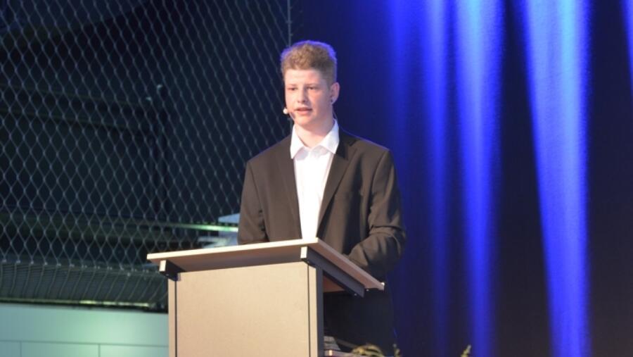 Stolz und kompetent an der Abschlusspräsentation; Benny Widmer.