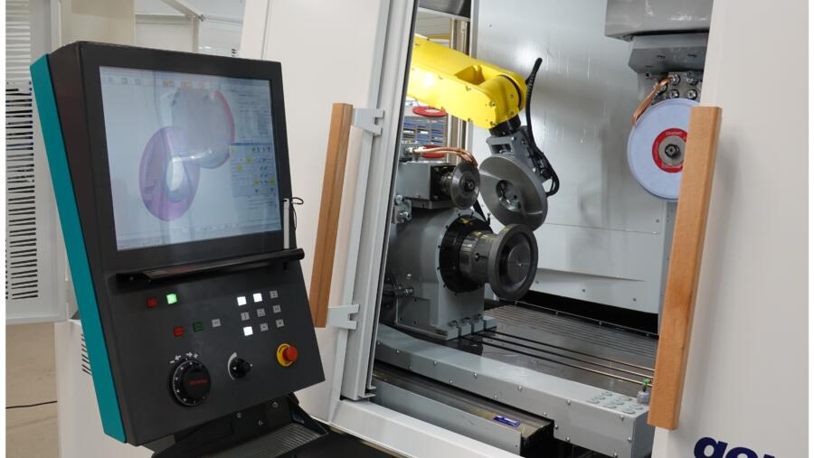 FANUC Big Robot for XXL Automation