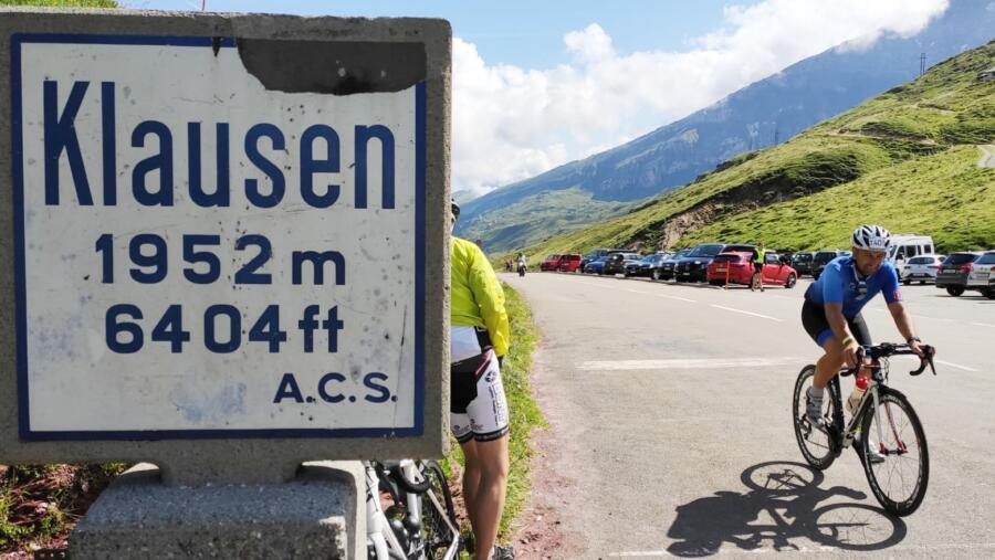 ... comes the best view, Klausen pass height reached !