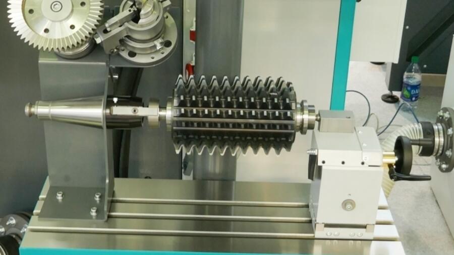 Schaft- und Verzahnungswerkzeuge auf norma NGC